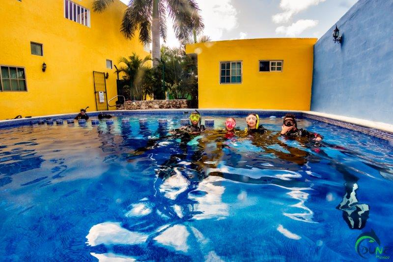 Mexico blue dream padi bubblemaker course playa del carmen - Dive shop mexico ...